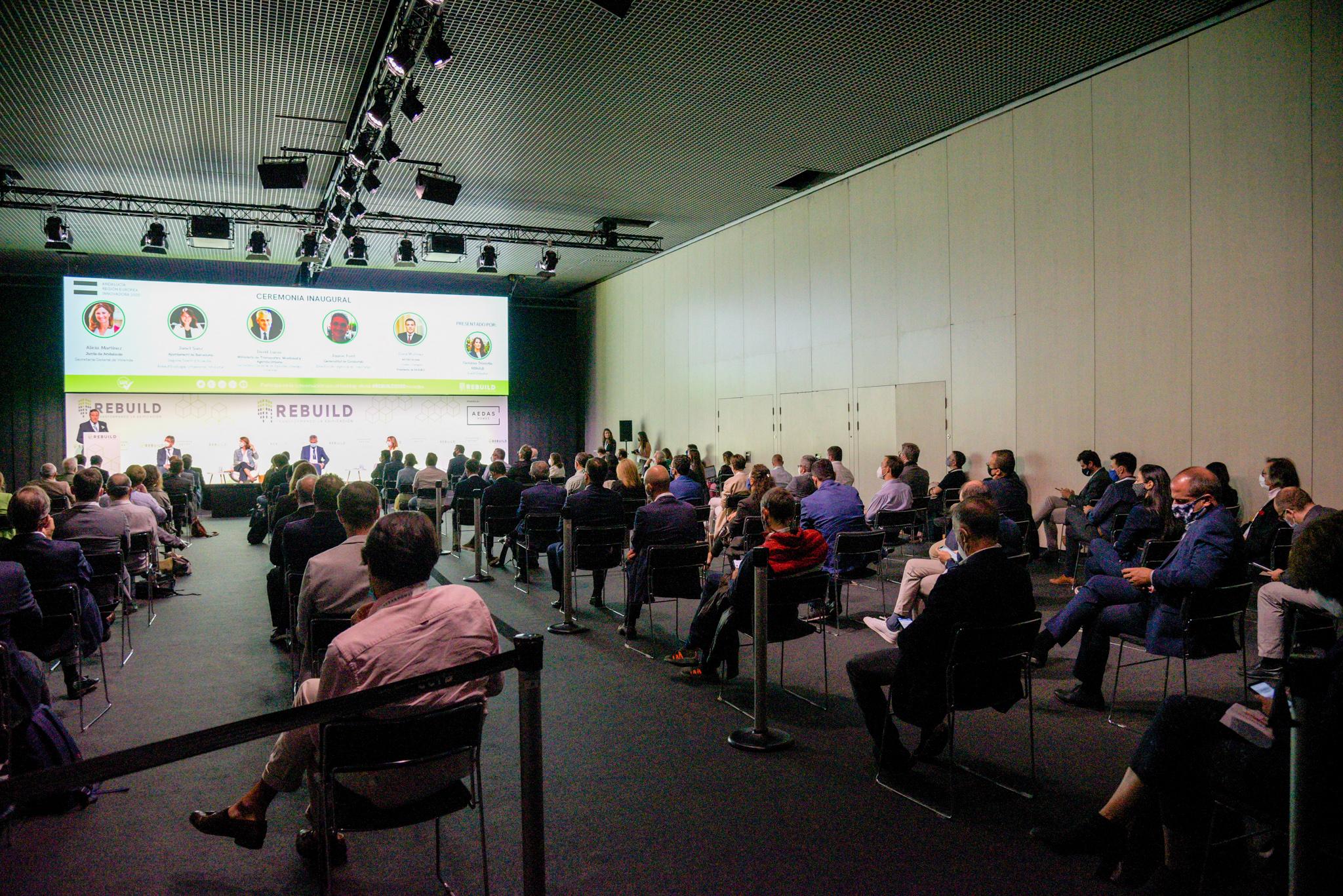REBUILD reúne a 4.637 profesionales de la edificación en el primer evento presencial en Barcelona