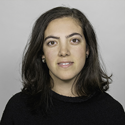 Julia Manzano